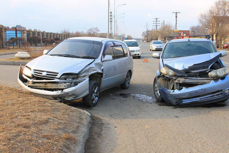 Distracted Driving – How to Save Your Teen Driver's Life
